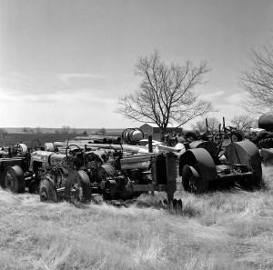 S4-TractorsInWildOats